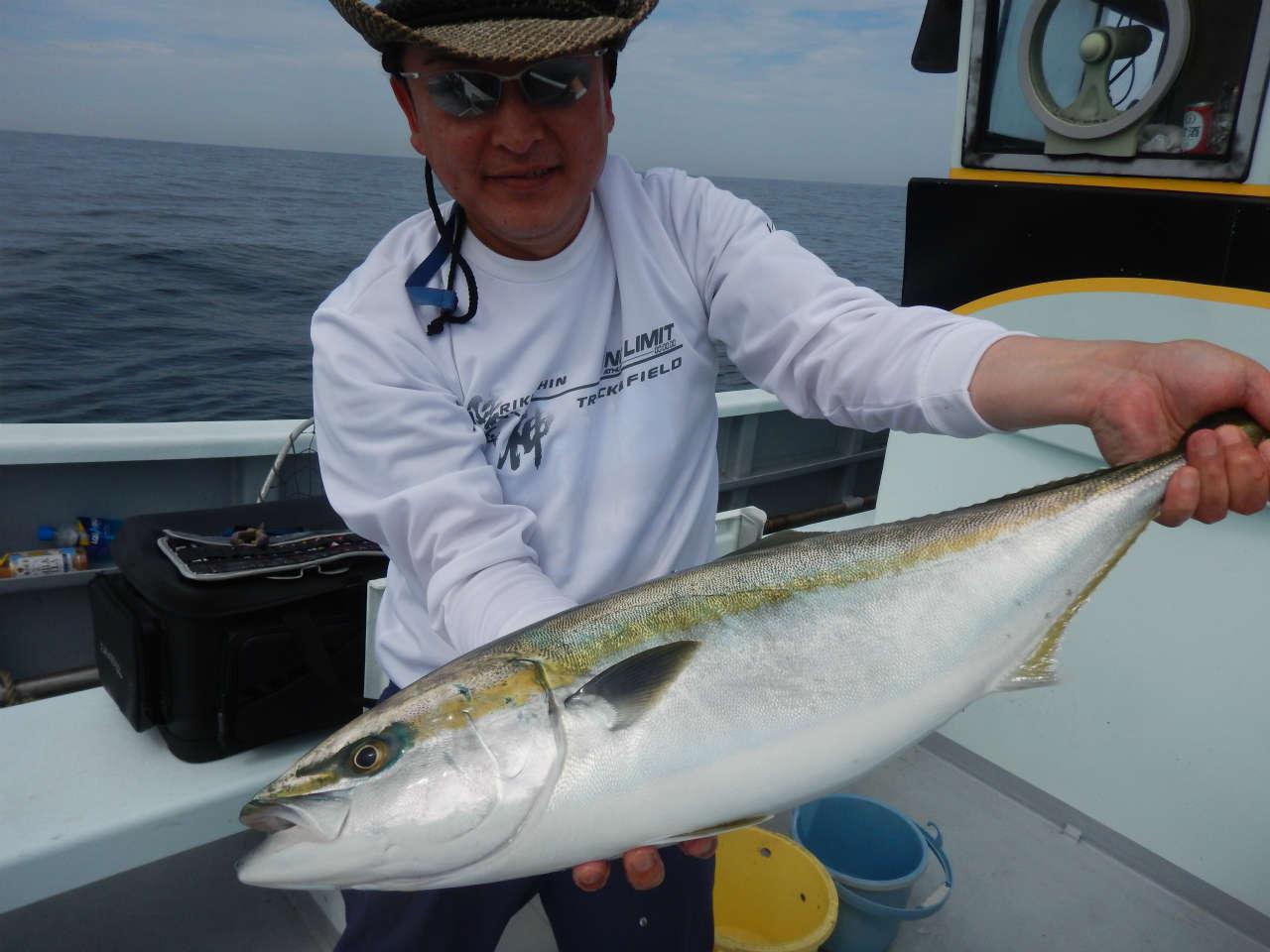 20210524 ワラサ4.3-4.7キロ ルアー・ジギング船魚拓号